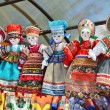 Line of dolls in russian national costume — Stockfoto