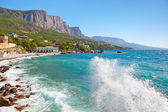 Big wave on the beach. The village Foros, Crimea, Ukraine — Stock Photo