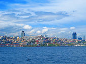View from the Bosphorus to the new quarters of the European side of the city — Стоковое фото