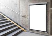 Pusta tablica lub plakat w hali — Zdjęcie stockowe