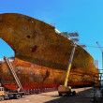 ������, ������: Rusty ship in dock
