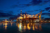 Offshore drilling platform in repair — Stock Photo