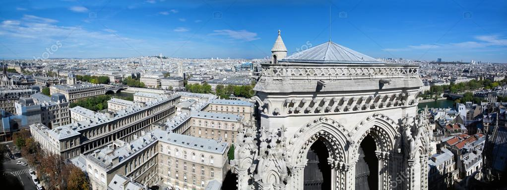 Paris panorama, France. View on Sacre-Coeur Basilica on Montmartre from Notre Dame — Stock Photo #14941169