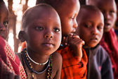 Niños masai en la escuela en tanzania, áfrica — Foto de Stock