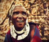 Maasai old woman portrait in Tanzania, Africa — Stock Photo