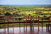 Chairs on terrace. Savanna landscape in Serengeti, Tanzania, Africa — Foto Stock