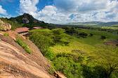 Tourist lodgy on savanna in Tanzania, Africa — Stock Photo