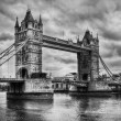 Tower Bridge in London, the UK. Black and white — Stock Photo