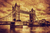 Tower Bridge in London, the UK. Vintage style — Stock Photo