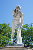 Statue in Tuileries Garden, Paris — Stock Photo