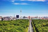 柏林全景。柏林电视塔和主要地标 — 图库照片