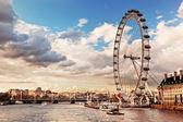 London, England the UK skyline. The London Eye — Stock Photo