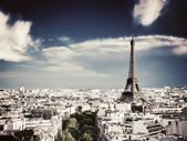 Rooftop view on the Eiffel Tower, Paris, France — Stock Photo