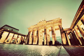 Brandenburg Gate, Berlin, Germany at night. Vintage, retro — Stock Photo