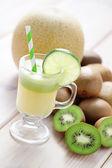 Kiwi and melon juice — Stock Photo
