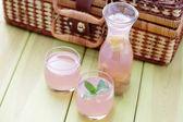Rhubarb juice — Stock Photo