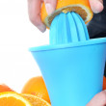 Preparing orange juice — Stock Photo #26305015