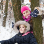 Two little girls having fun in winter — Stock Photo #40040449