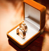 Wedding rings in box — Stock Photo
