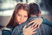 Genç çiftin ilişkisi havada çatışma — Stok fotoğraf