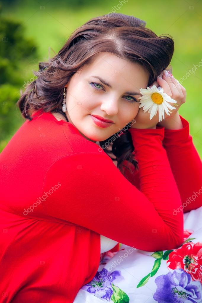 Happy smiling woman with flower  — Stock Photo #13277096