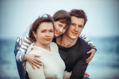 Família na praia — Fotografia Stock