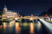 Monuments of Paris by night — Stock Photo