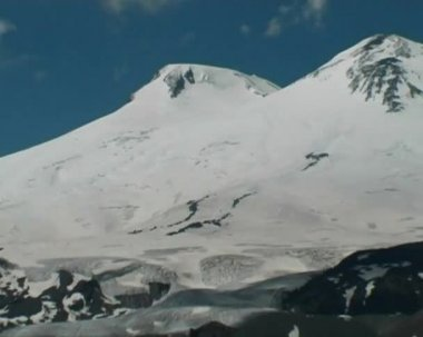Elbrus view — Stockvideo