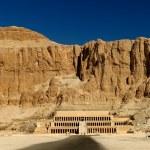 Hatshepsut Temple — Stock Photo #14929223
