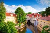 Prag'ın merkezinde canal — Stok fotoğraf
