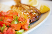 Teeth of grilled red snapper — Stock Photo