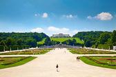 Gloriette and Schonbrunn Palace Garden — Stock Photo