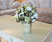 Flowers in home interior — Foto Stock