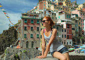 Woman in Riomaggiore — Stock Photo