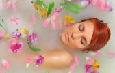 Bath with flowers — Stock Photo