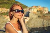 Beautiful woman travelling — Stock Photo