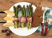 Baked asparagus — Stock Photo