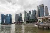 Marina Bay promenade in Singapore — Stock Photo
