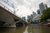 Esplanade Bridge and Central District in Singapore — Stock Photo