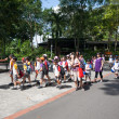 Pupils and teachers at the Singapore Zoo. — ストック写真