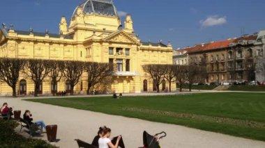 Art Pavilion in Zagreb — Stock Video
