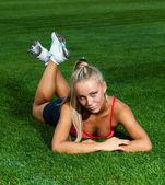 Sportiga kvinnan — Stockfoto