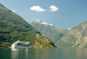 Cruiser in Norwegian fjord — Stock Photo