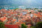 Tetti della città vecchia di kotor. montenegro — Foto Stock