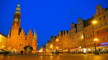 Wroclaw, Poland. The market square at night. Time lapse — Stock Video
