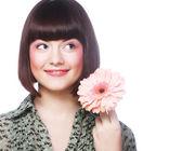 Donna con fiore di gerber — Foto Stock