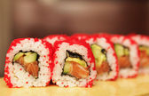 Sushi roll cuisine japonaise traditionnelle — Photo
