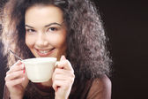 Mujer tomando café — Foto de Stock