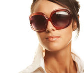 Beautiful fashion woman wearing sunglasses — Stok fotoğraf