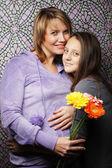 Kızı hamile kadın — Stok fotoğraf